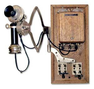 Stromberg Carlson 2-line Magneto Telephone With Adjustaphone scissor attachment made by Chicago Writing Machine Co, 1903